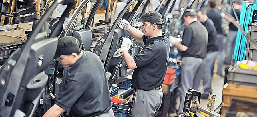Un tercio de los empresarios de burgos prev crear empleo for Oficina de empleo burgos